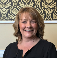 Kathlene, Cosmetologist